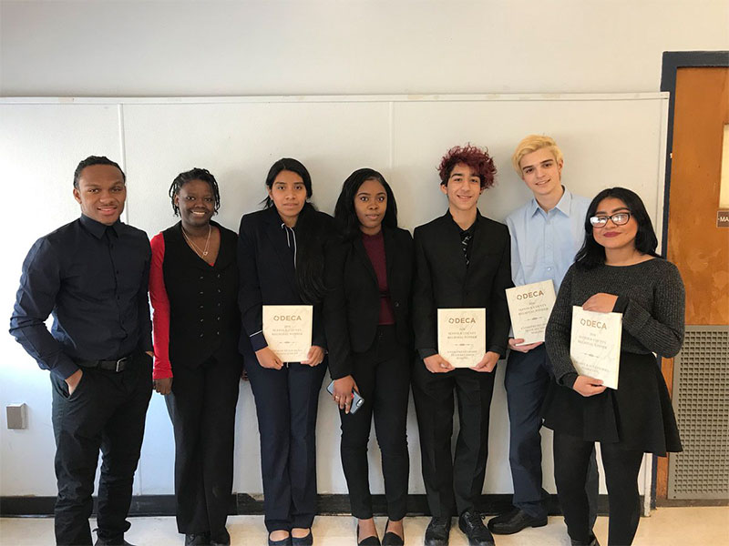 Student Impress at Business Competition