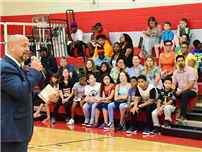 Middle School Welcomes Seventh-Graders photo