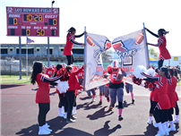 Homecoming Features Cartoon Floats and Football photo thumbnail136515